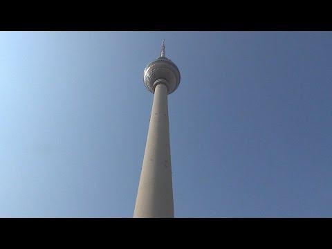 Berlin TV Tower / Berliner Fernsehturm