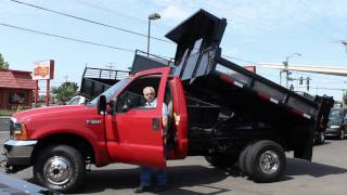 Town and Country Truck #5901: 2001 FORD F350 4x4 2-3 Yd. All-Steel Dump Truck