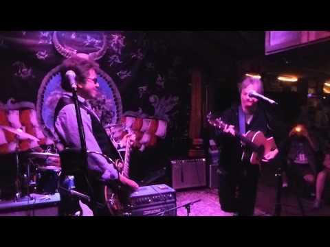Lucky, Johnny Hickman & Chris LeRoy