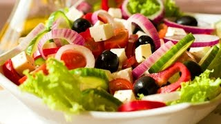 Салат с оливками.