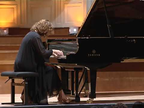 Marie-Catherine Girod, piano | Sonate pour piano, d'Henri Dutilleux