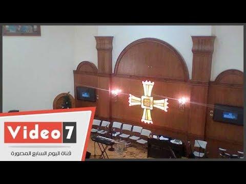 الكنيسة الإنجيلية بالمنيا تتزين لاستقبال مصليها بعيد الميلاد بعد إحراقها على يد الإخوان