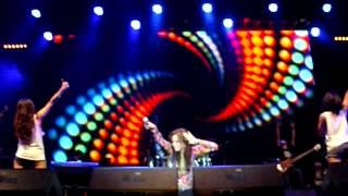 Dewi Sandra - Yang Penting Asyik (Live)