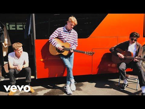 Смотреть клип New Hope Club - Love Again