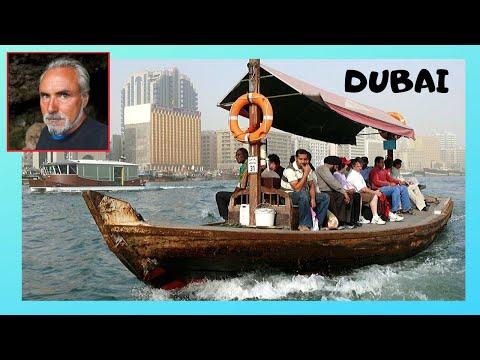 DUBAI, crossing the Dubai Creek on an Abra (boat), incredible experience