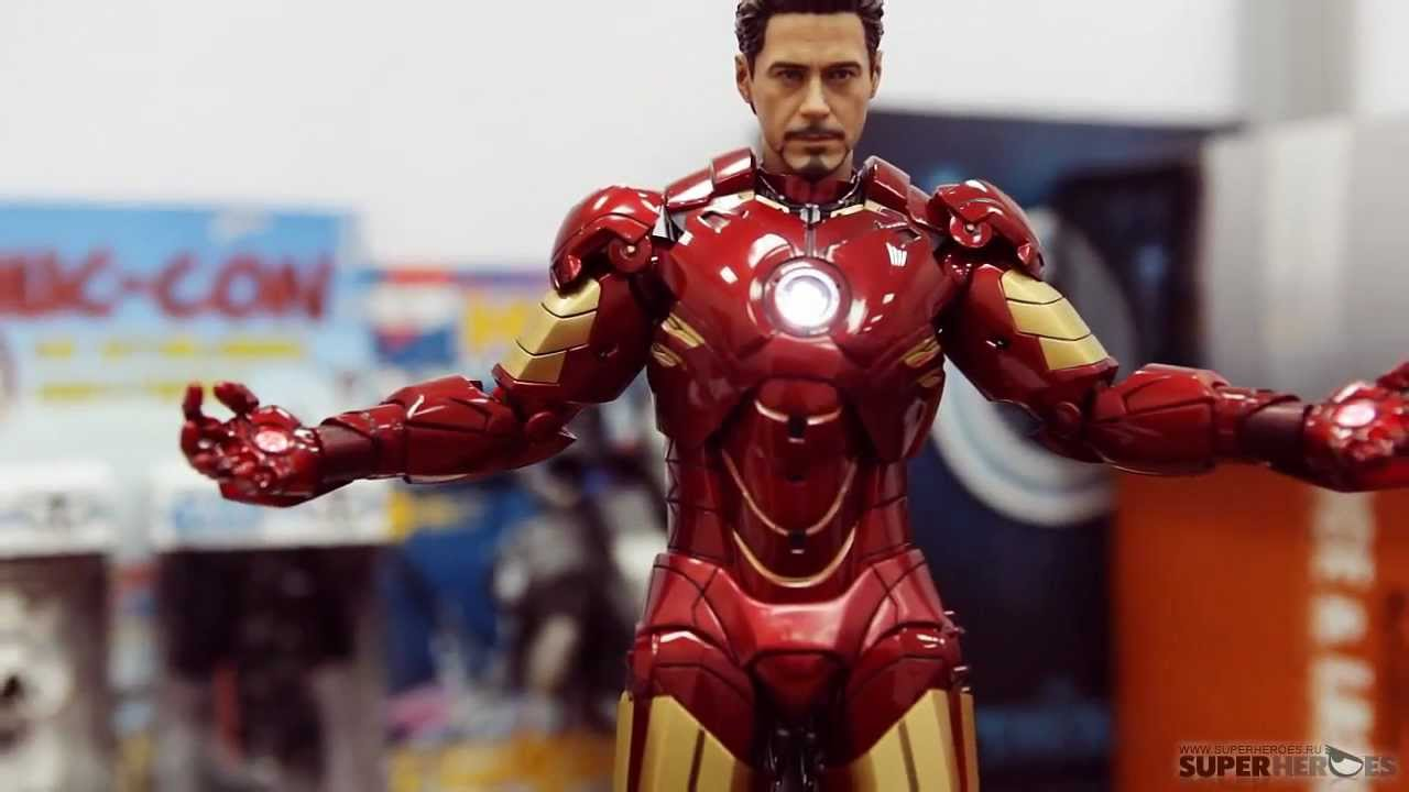 Обзор фигурки Мстители Железный Человек МАРК 7 Hot Toys / The .