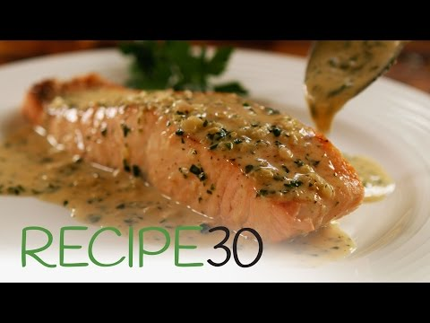 Perfect Pan Seared Salmon With Lemon Butter Cream Sauce And Crispy Skin