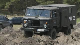 Котлеты vs Patrol vs LC-70 vs GAZ-66 на пыльном спец-участке Offroad Family Adventures 2019 часть-3
