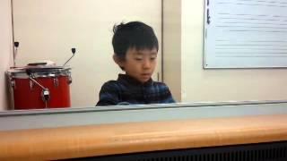 recorded on 2014-11-01 ヤマハ幼児科ぷらいまりー3より。教室の「発表...