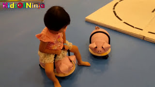 Indoor Playground Kid Playing Video Thomas and Friends Train Wooden Toys