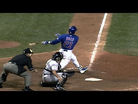NLCS Gm1: Sosa ties game in ninth with two-run homer
