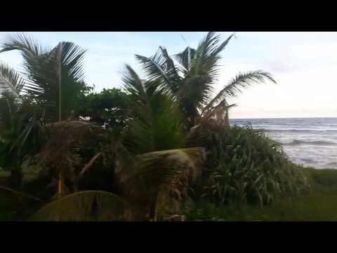 Ocean train to Galle, Sri Lanka