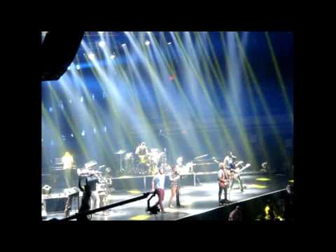 Bruno Mars covers Adele's All I Ask in the...