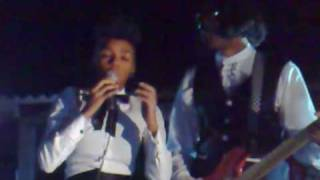 Janelle Monae - Live In Moscow (17.05.2008)