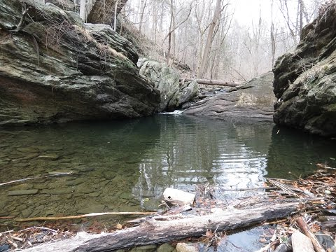 Hiking to Devils Pool in the Wissahickon Valley, Philadelphia PA