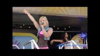 Queensberry *A Girl like Me* (Toggo Tour / 2012-08-27)