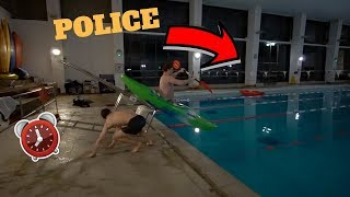 OVERNIGHT CHALLENGE IN SWIMMING COMPLEX! *POLICE TURNED UP*