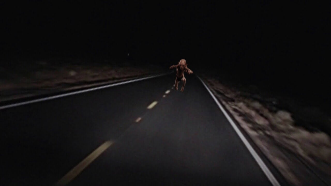 Skin-walker Chases Car in the New Mexico Desert - YouTube