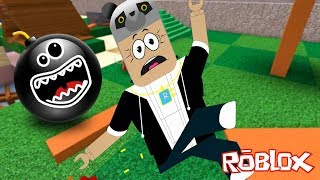 Bomba Yağmurundan Kaç - Roblox Super Bomb Survival Panda ile!