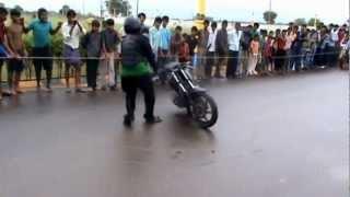 pulsar 220 stunt show nellore port city