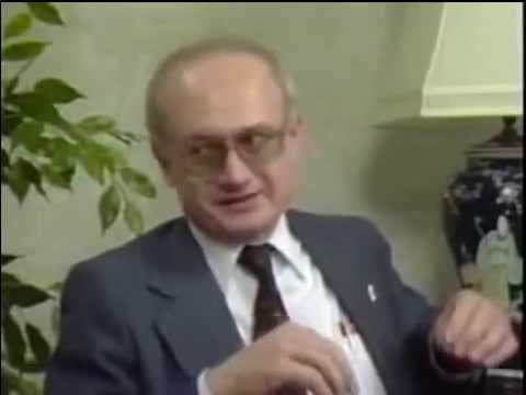 "Yuri Bezmenov - KGB Defector on ""Useful Idiots"" and the True Face of Communism"