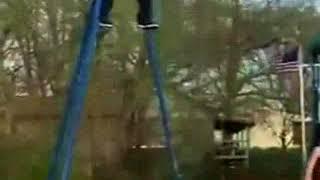 [video hài] kỷ niệm xích đu