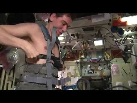 Garriott - Chamitoff Space Juggling aboard ISS 2008 PLUS MUCH MORE RAW HOME VIDEO