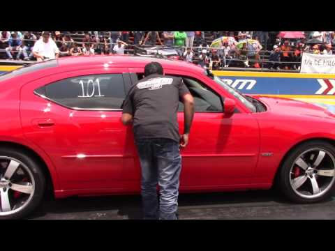 Dodge Charger srt8 pro charger Vs ford mustang shelby gt500 henry jale 1 arrancones Pegaso