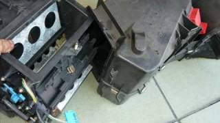 Evaporator core replacement Audi A4 1996(GIF)
