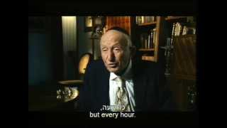 Holocaust survivors from Hungary and the Lodz ghetto talk about the deportations to Auschwitz in 1944