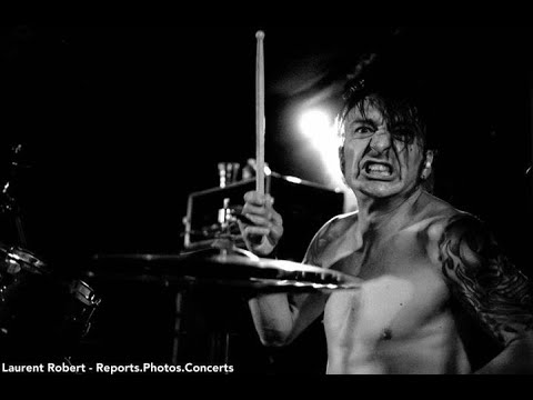 House Of Broken Promises - The Hurt live at Club Daos in Romania