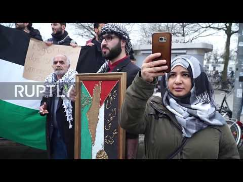 Germany: Pro-Israeli And Pro-Palestinian Groups Rally In Gottingen