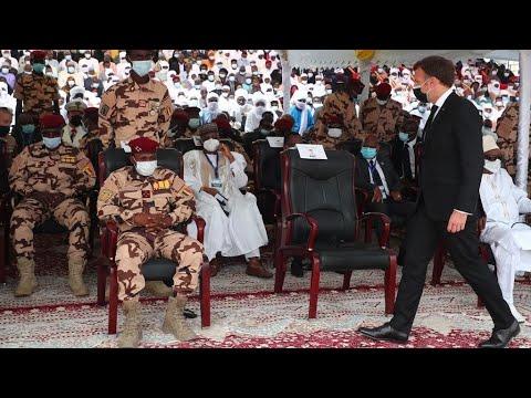 تشاد: تشييع جثمان الرئيس إدريس ديبي إلى مثواه الأخير بحضور إيمانويل ماكرون  - نشر قبل 4 ساعة