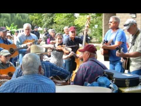 Music at the Mt  View Pickin Park 10 18 14
