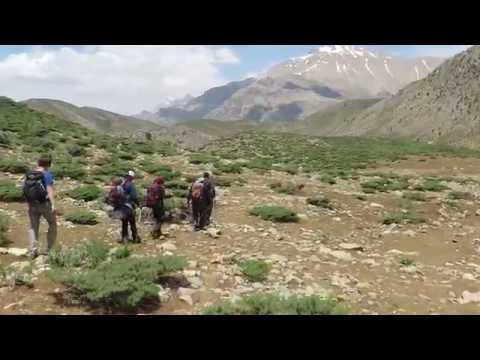 Hiking in Zagros mountains (Iran)
