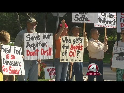 Citizens protest DEP's cancelled news briefing over Collier drilling