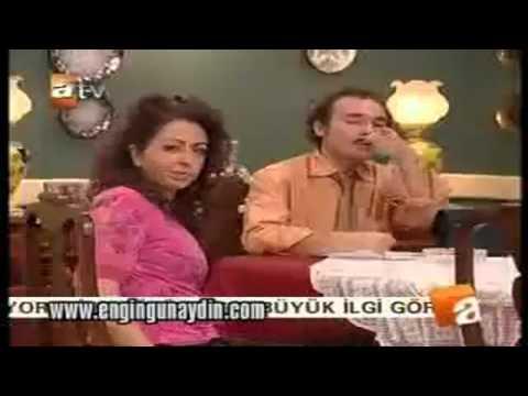 Burhan, Sahika'yi tavlama'ya çalisiyor :)