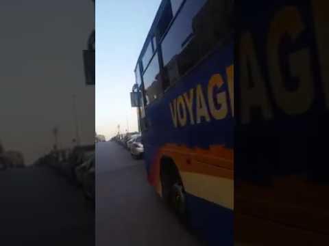 """ها هو الدليل وبالفيديو : """"البجيدي"""" يسخر عشرات الحافلات والعربات الكبيرة الحجم والسيارات الشخصية لنقل مواطنين من مناطق مختلفة من المغرب لحضور خطابات بنكيران."""