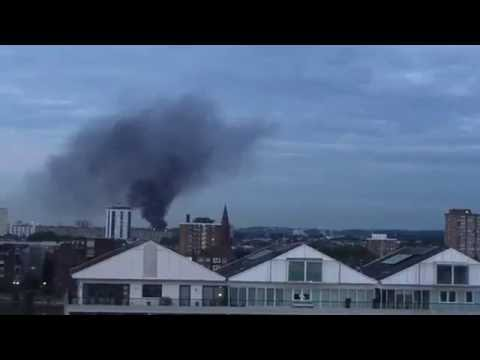 Major Fire At Battersea industrial Estate - London, UK 13/07/2016
