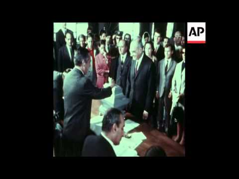SYND 25-4-74 PORTUGAL AND MOZAMBIQUE FILE BACKGROUND TO COUP