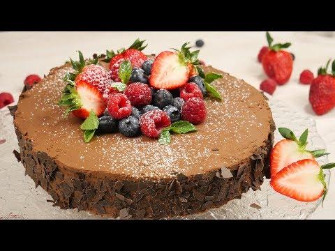 Schokoladen-Beeren-Torte mit der Klarstein Bella Argentea & GEWINNSPIEL!