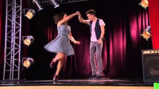 Violetta: Naty y Federico bailan ¨Ser Mejor¨ (Ep 70 Temp 2)