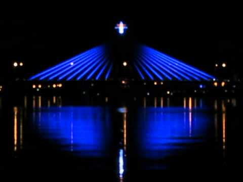 Cầu sông Hàn (Cầu Xoay) nhìn từ Cầu Rồng
