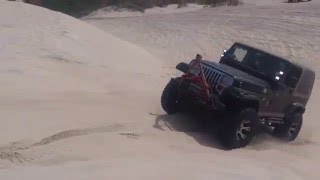 jeep grand cherokee wj wrangler yj and ford bronco off road sand dunes
