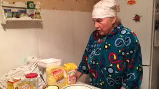 Бабушкины рецепты. Блины с кукурузой и яблоками.