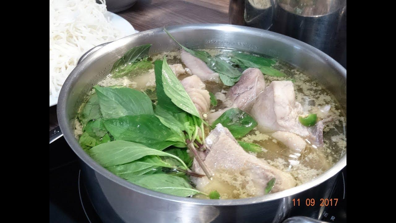 LẨU GÀ LÁ QUẾ - Cách nấu Lẩu Gà lá É thơm ngon và làm Bún với Philips 2355 by Vanh Khuyen