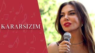Ebru Yaşar | Kararsızım (Akustik)