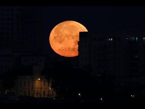 Rare 'super blue blood moon' eclipse lights up night's sky