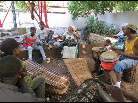 Mariam Dembele rehearsing at the Maison des Jeunes, Bamako, Mali 15 October 2013