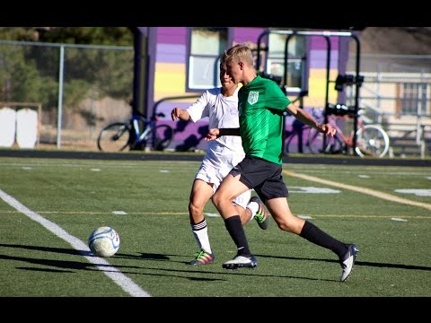 D'Evelyn boys soccer beats Denver North in 4A playoffs